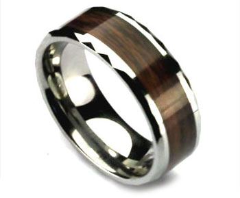 Woodgrain Tungsten Mens Ring